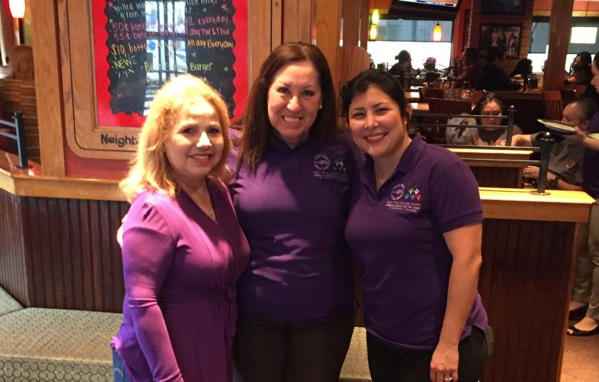 AAWCC members at Applebee's Pancake Event